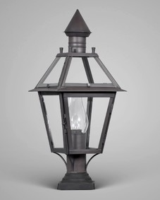 Classic Exterior Post Lantern Medium